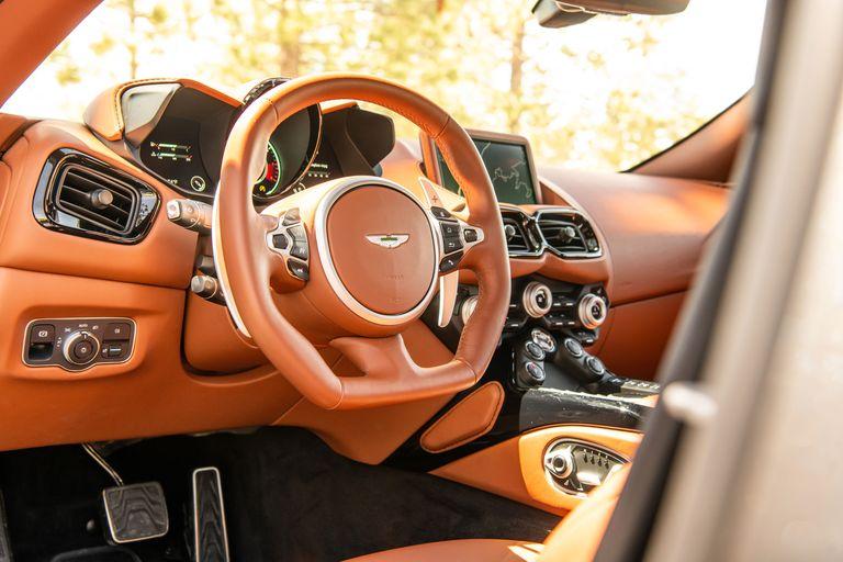 Aston Martin Vantage Coupé 2020